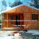 log homes leo wendyhuts